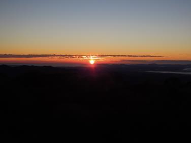 sunrise-hut-016