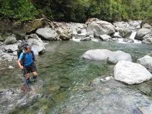 weimen crossing the river