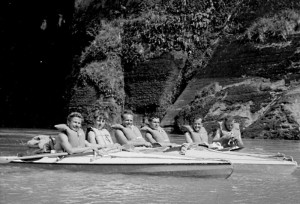 Kayaking the Whanganui. L to R: Barrie Noyce, ?, Nick Jennings, Graham Westerby, Ron Fayle, ?