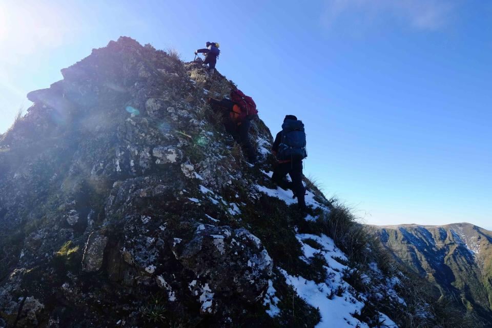 Sawtooth Ridge near the top