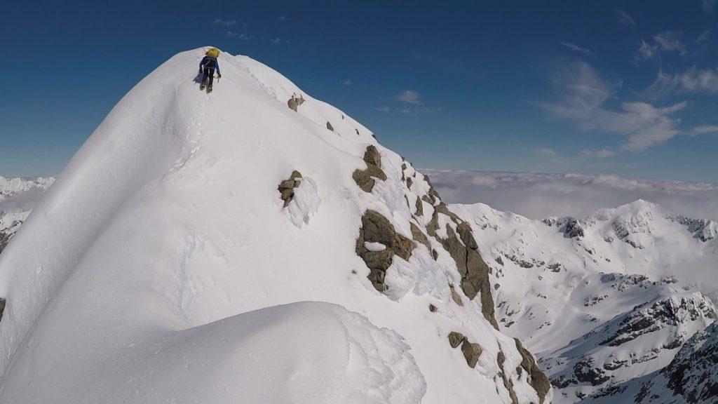 16.Elisabet descends the High Peak