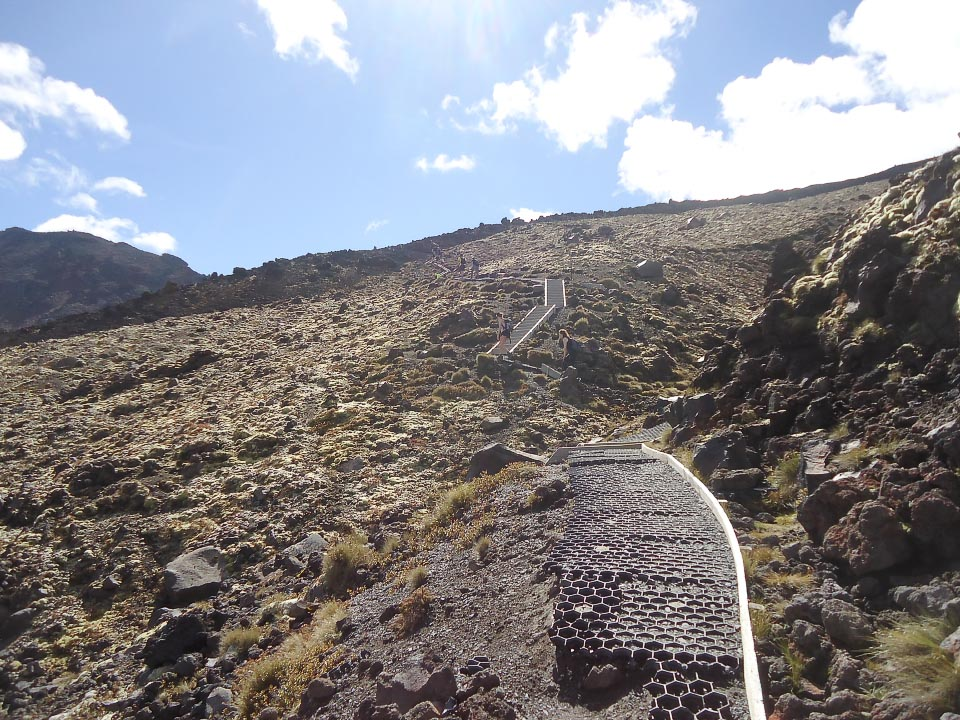 The final stretch of the path up to South Crater as it sidles towards South Crater. 10 am